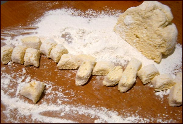 Пошаговый рецепт: как приготовить вареники с творогом
