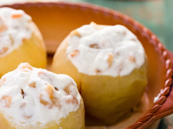 Рецепт яблок запеченных с творогом в мультиварке