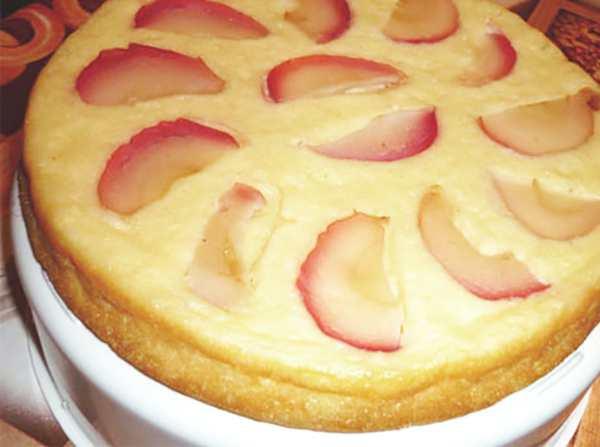 Рецепт творожника в мультиварке с яблоками и корицей