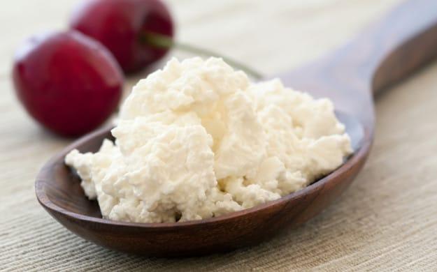 Диетическое блюдо из творога и яблок