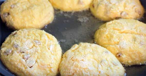Секреты идеальных сырников на сковороде